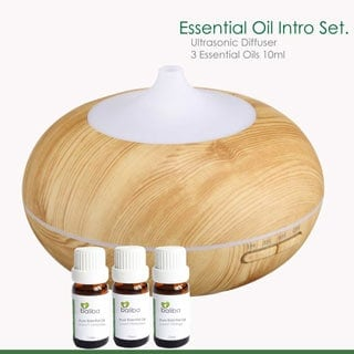 essential oils and diffuser starter set